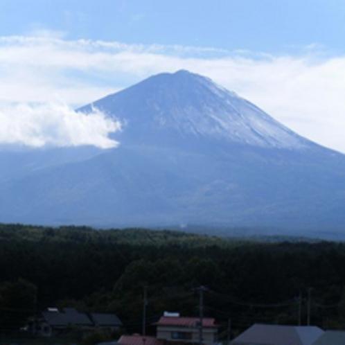 富士山_初冠雪の頃