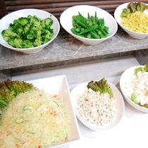 新鮮サラダ・こだわりの新鮮野菜たちです!和洋バイキング台