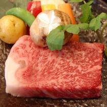 【夕食】柔らかくジューシー♪甘みも最高♪「黒毛和牛ステーキ御膳」(イメージ2)