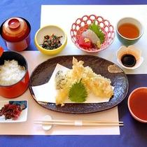 【夕食】揚げたてサクサクが美味しい♪「天婦羅御膳」(イメージ)