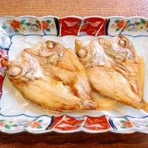 ご朝食バイキングに山陰特産「のどぐろ」干物焼魚をご用意致します♪(イメージ) 6:30オープン!