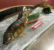 養老厳選!半天然鮎を定番塩焼きと味噌ダレで♪ 〆は風味豊かな鮎雑炊で♪