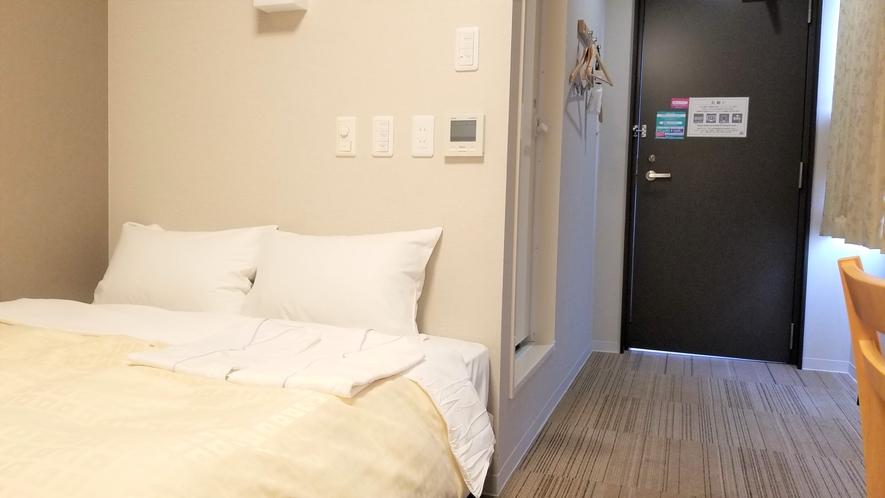 【デラックスシングルルーム】140センチ幅ベッド