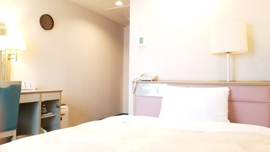 【シングルルーム】130センチ幅ベッド