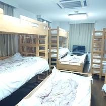 ファミリールーム 12名部屋 3