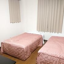 ファミリールーム 12名部屋 7