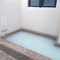 男性浴場 2