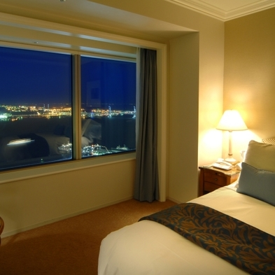 【夏を先取り!アーリーサマープラン】素泊まり 52階〜59階・レギュラーフロア