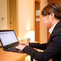 -全客室Wi-Fiと有線LAN対応-