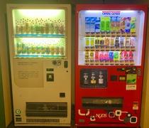 2F 酒類・飲料自販機