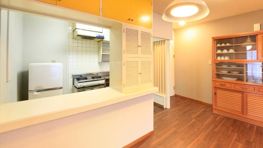 3LDKの広々としたお部屋は、全室キッチン付。食材を持ち込むのもOKです♪