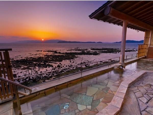 露天風呂「潟見の湯」夕景