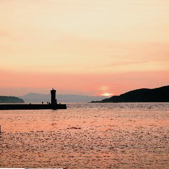 加太港の夕日