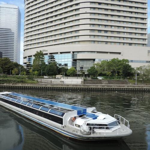ホテル目の前から水上バスで水都大阪クルーズへ