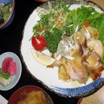 鶏肉グリル焼き定食