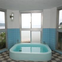 24時間ご利用可能の展望風呂