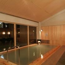 【温泉】夜の大浴場