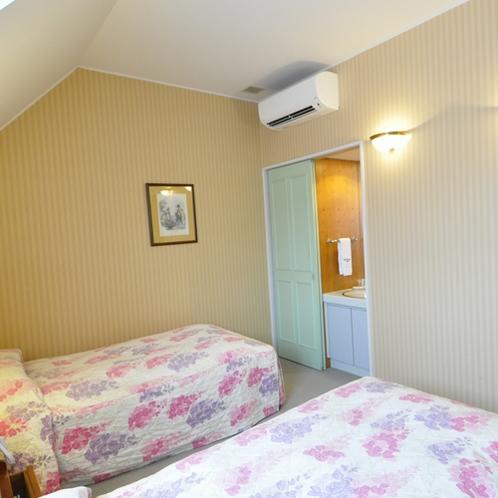 ■部屋■ベッドルーム各部屋にそれぞれ洗面台があり便利♪