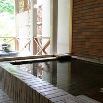 ■貸切風呂:内風呂も露天風呂も同時にお愉しみいただけます