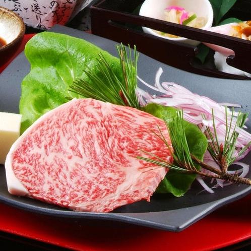 肉厚たっぷりの丹波牛ステーキ/例