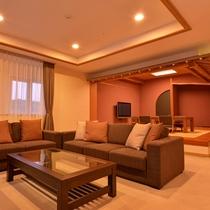*【クラッセ特別室一例】レイクビューの特別客室。ゆったりとリゾートSTAYをお楽しみ下さい。