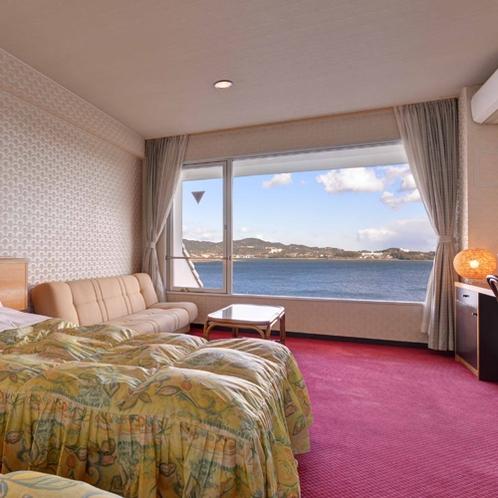 *【ロードス棟・ツイン一例】窓からは眼下に広がる奥浜名湖の絶景をお愉しみ頂けます◎