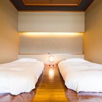 【ベッド2】半露天風呂付悠々庵(500×500)