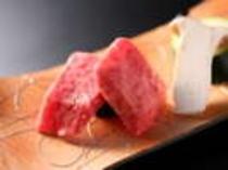 国産牛熔岩焼(一例)
