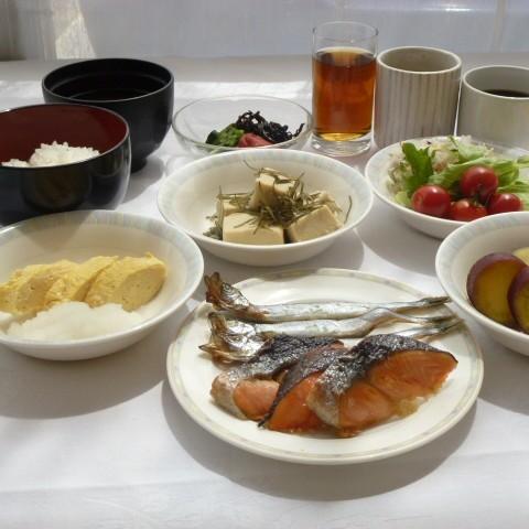 朝食は和食派☆という方も和洋のバイキングだからご満足いただけます♪