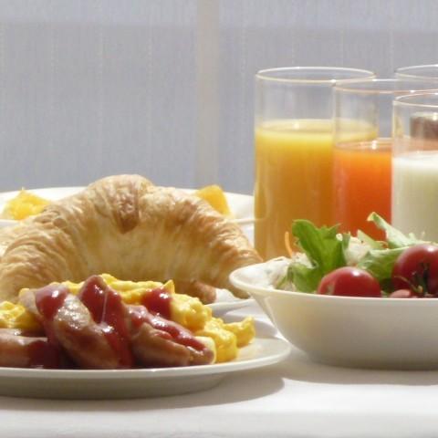 一日の活力は朝食から☆ホテル自慢の朝食バイキングをどうぞ♪
