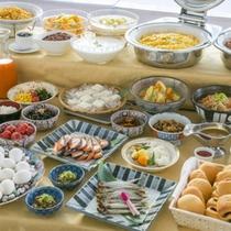 三重県産食材をふんだんに使用した朝食バイキング
