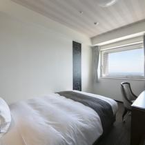 海側ダブルスタンダードルーム(15平米・ベッド幅140cm)