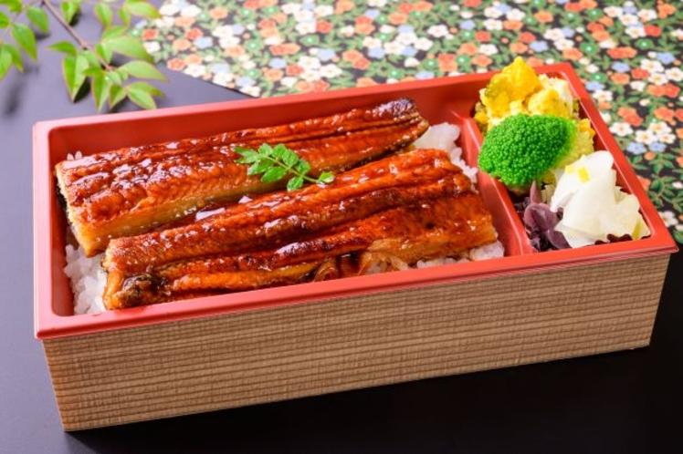 うなぎ重弁当 1430円 津と言えば「鰻」も名物!出来立てを客室でごゆっくりお召し上がりください。
