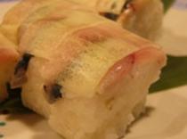 しめ鯖絹田巻き寿司