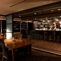 【スカイバー白鳳】 お料理とお酒の新たな出会いをソムリエとバーテンダーがプロデュースします