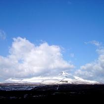 【駒ケ岳】雪の衣をまとって