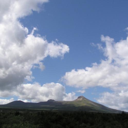 【駒ヶ岳】空に広がる夏の雄大なマウントビュー