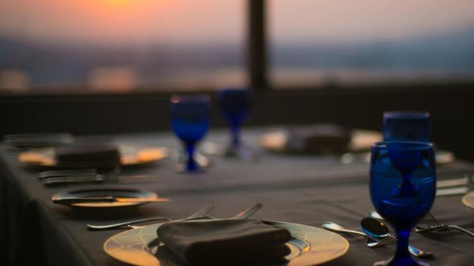 ◆【夜景とステーキ】フランス料理『黒毛和牛コース』えらべるお土産付/夕朝食付