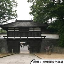 【小諸城址懐古園】かつて名城と謳われた小諸城の跡地。ホテルから車約40分(高速道路+一般道)です。