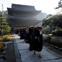 【総持寺祖院】 曹洞宗の大本山として瑩山紹瑾禅師により、1321(元亨元)年に創建されました。※お車