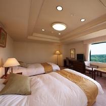 【ロイヤルスイート】広さ145平米の特別室でリビング・寝室・バス・トイレがセパレートのゆとり空間です
