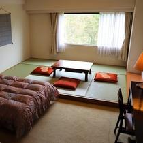 客室(和洋室の一例)洋室ツインと6畳間
