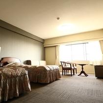 客室(洋室の一例)36平米でゆったり