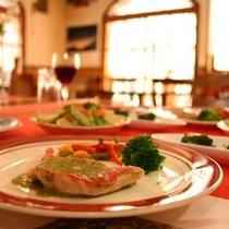 夕食 魚のメインr料理