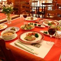夕食 大満足のコース料理