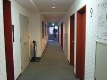 第二館 廊下