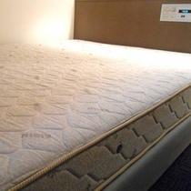 AISIN製ベッド
