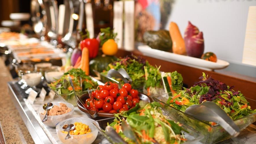 【ご朝食】新鮮なお野菜がたっぷり朝食(一例)