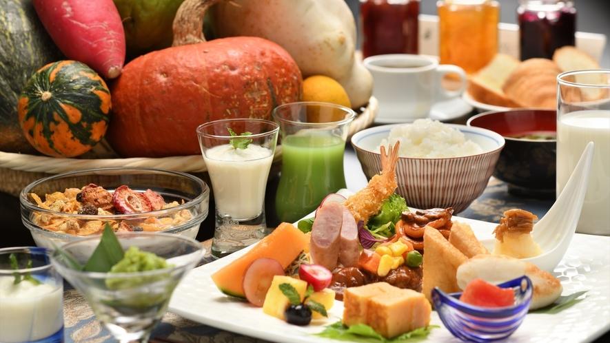 【ご朝食】地元名物もそろう健康的な朝食で元気な1日をスタート!