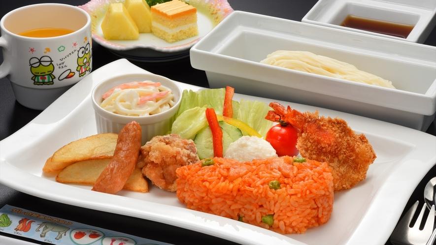 【ご夕食】お子様ランチは定番の美味しさ(器や食材は変更になる場合がございます)